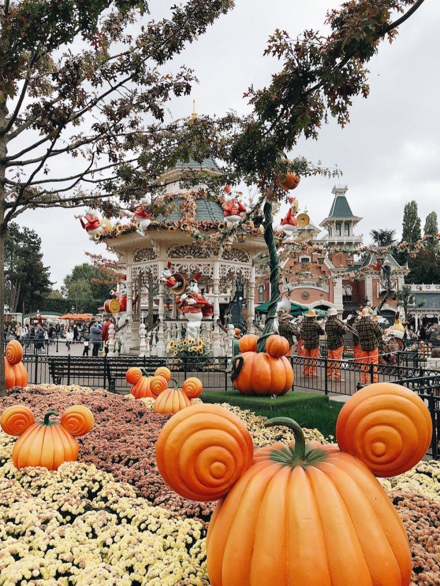 Disneyland Food Halloween 2020 Disneyland Paris en Famille pour Halloween in 2020 | Disney world