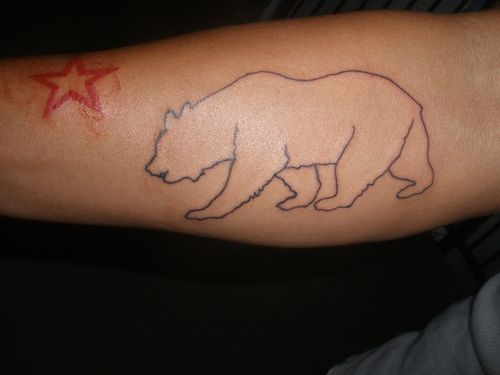 Fade From Colored To Nothing California Bear Tattoos Tattoos Bear Tattoos