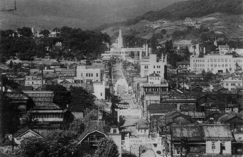 1937年(昭和12年)の小樽市,水天宮と小樽公園を結ぶ公園通り   古寫真,小樽,寫真