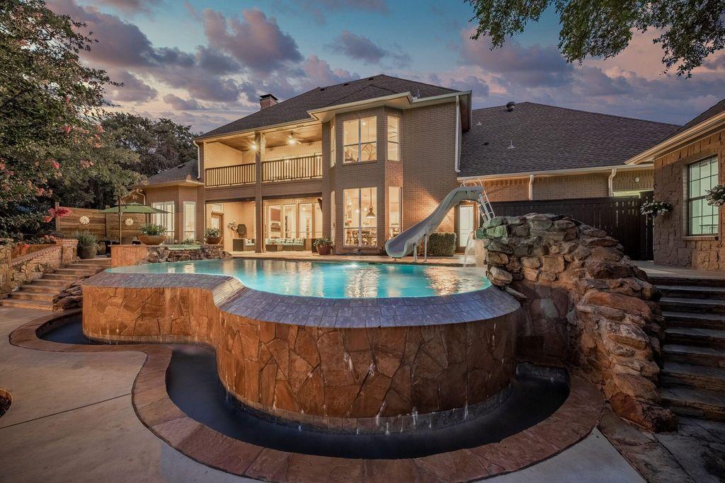 616 Primrose Ct Argyle Tx 76226 4 Bed 5 Bath Single Family Home Mls 14413900 35 Photos Trulia In 2020 Home And Family Outdoor Paradise Trulia