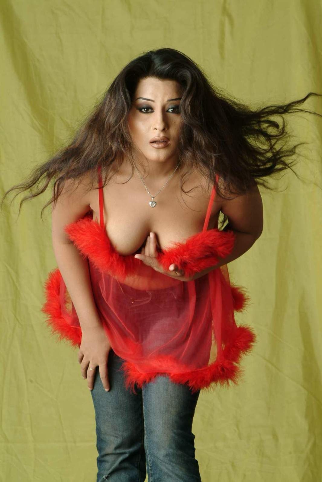 Pakistani Actress Laila Hot Pics