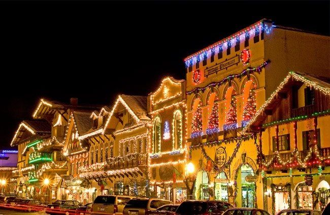 I hope they have their Christmas lights up!! :) - Headed Here In 3 Weeks... I Hope They Have Their Christmas Lights Up