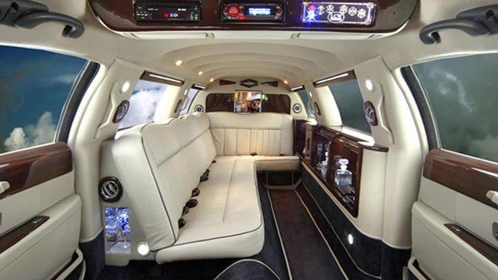 Looking For A Company To Have A Limousine Ride Https Bit Ly