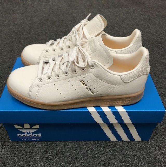 official photos 71f0f 0fce4 Pin by William Gallman on Sneakers in 2019 | Adidas sneakers ...