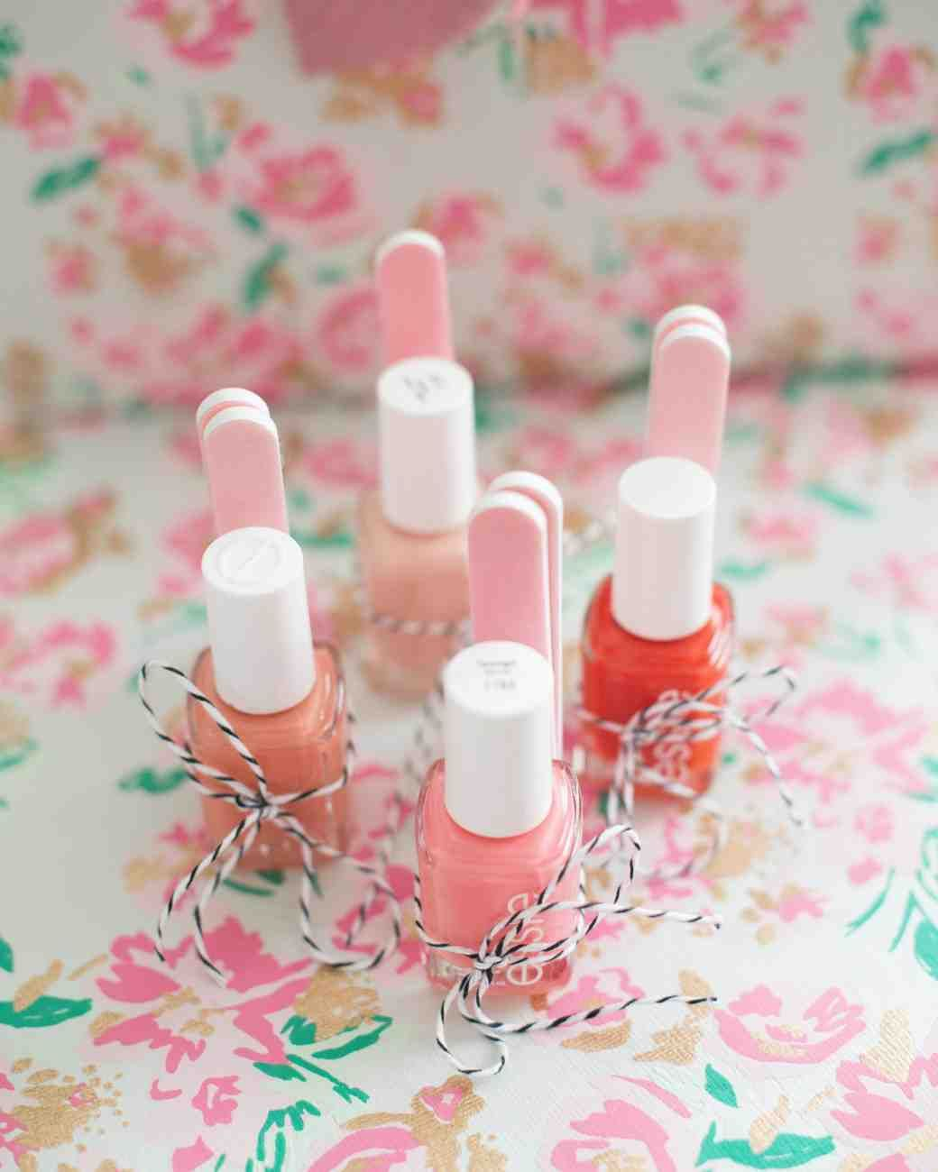 """A Fun, Floral Bridal Shower in Washington, D.C. 