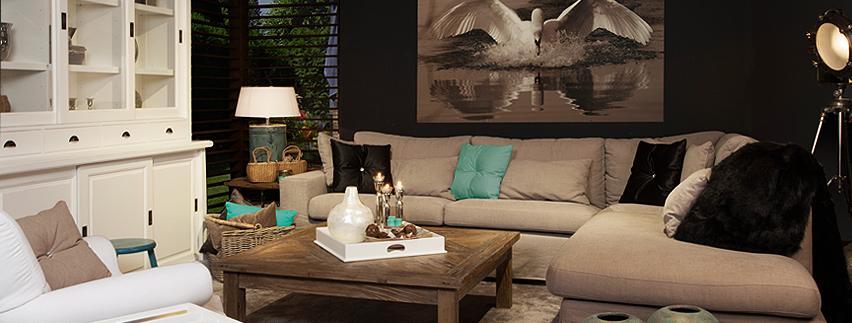 De accessoires geven kleur aan deze gezellige woonkamer | Rofra Home ...