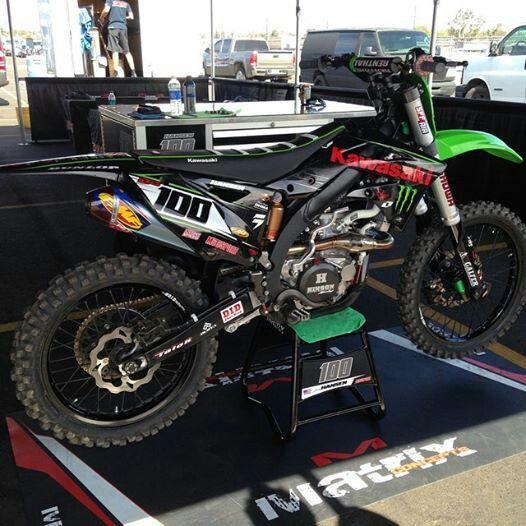 Beautiful Kx450f Motorcycle Dirt Bike Motocross Bikes Kawasaki Dirt Bikes
