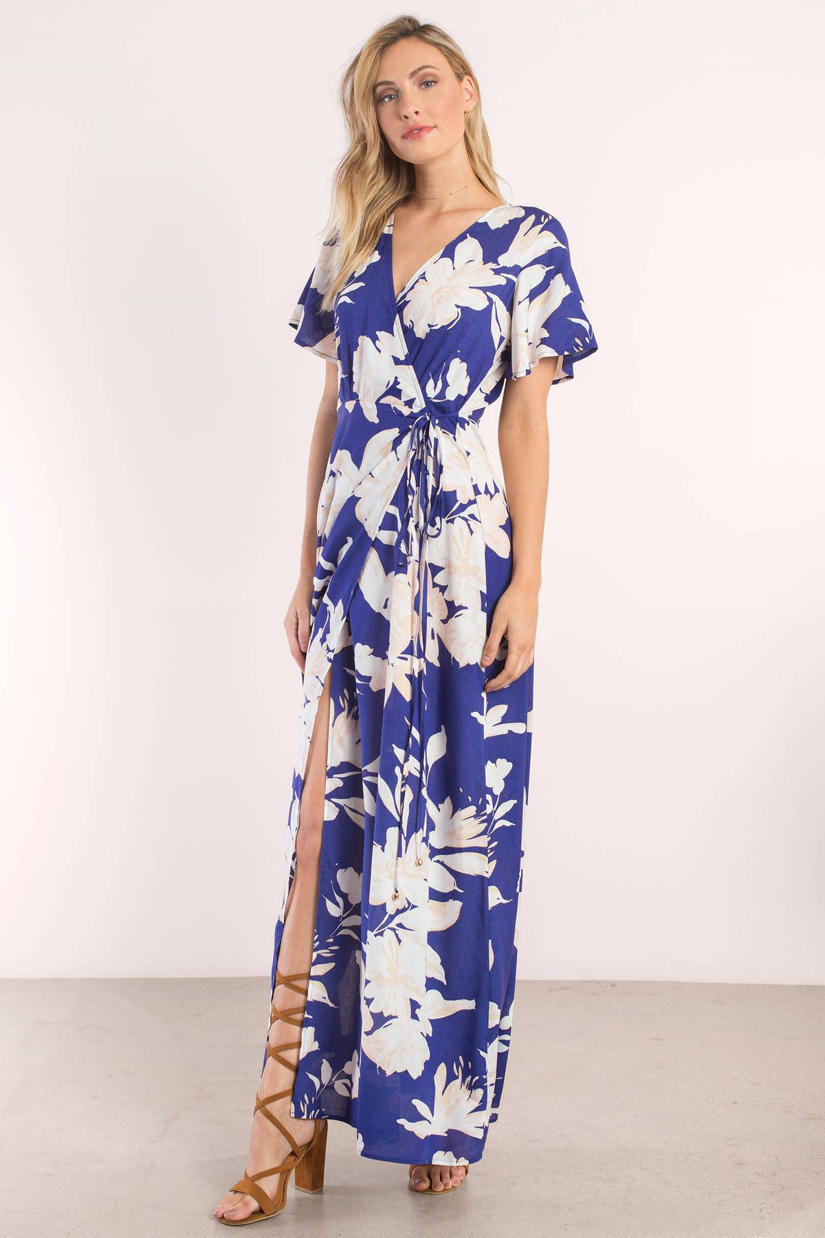 Get dolled up in the leena floral print maxi dress featuring an