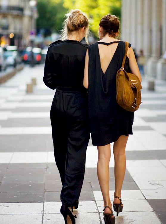 les filles en noir.
