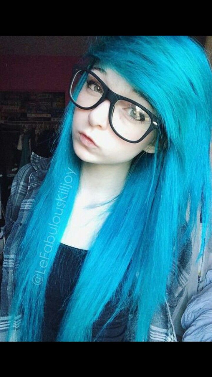 Pin by skylar cross on girl in pinterest emo girls hair