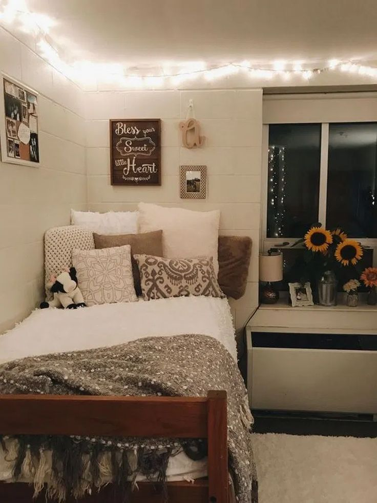 17+ Awesome College Dorm Rooms Dekor, mit dem Sie sich wie zu Hause fühlen werden »ideas.hasinfo.net - #awesome #college #dekor #fuhlen #hause #rooms #werden - #new #collegedormroomideas