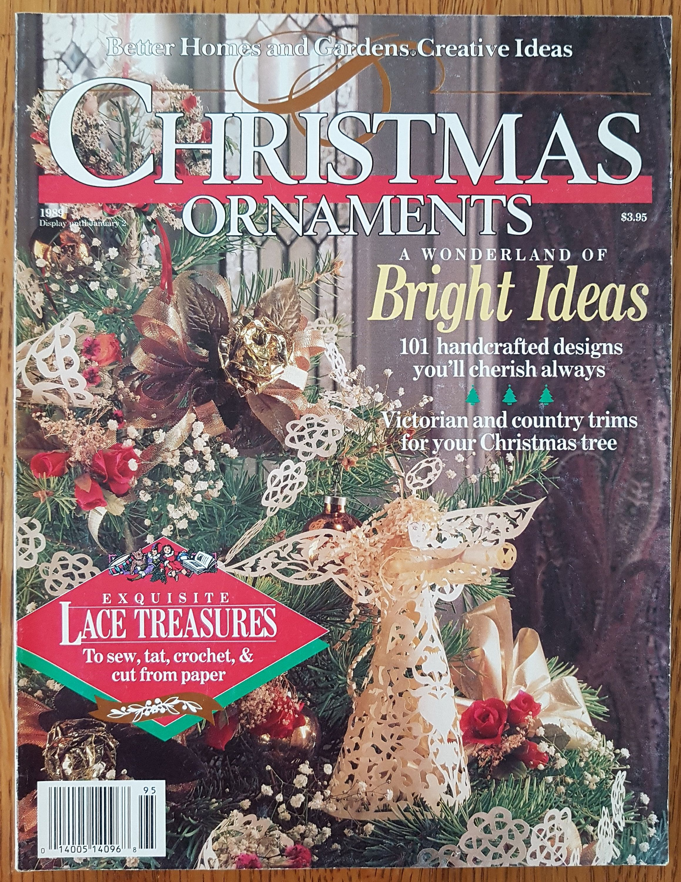 8061cd7668a8a3d41edc3874a43bc5f1 - Better Homes And Gardens Christmas Books
