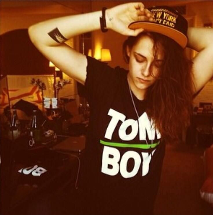 She's a tomboy like Ellen Page ❤️and dreamy too❤️