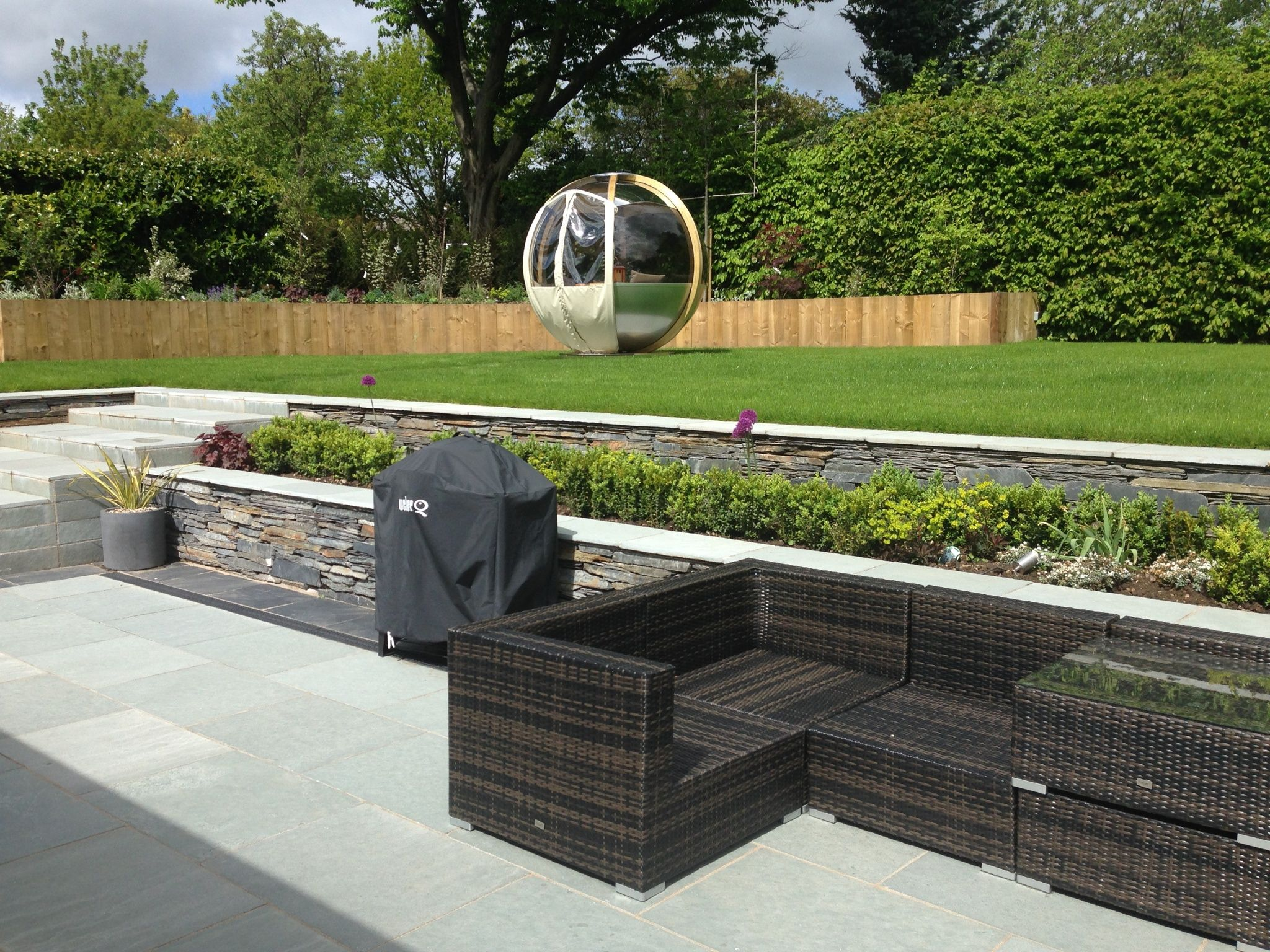 goscote design practice contemporary garden design slate
