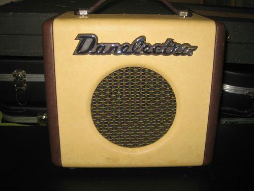 Dan Electro Silvertone Dirty Thirty Amp
