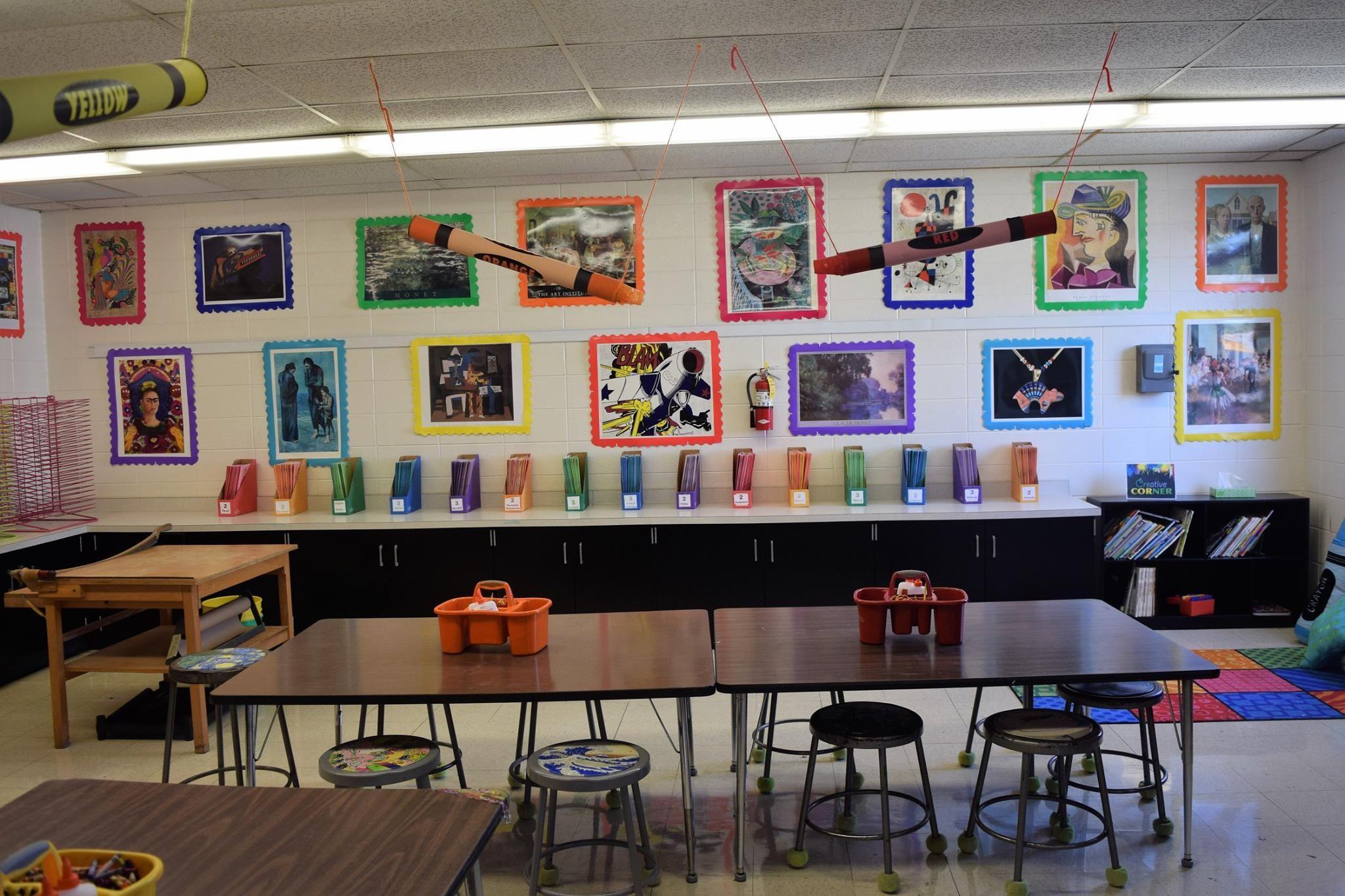 Inspiring Art Rooms Walls Can Teach The Arty Teacher Art Room Elementary Art Rooms Art Classroom Decor