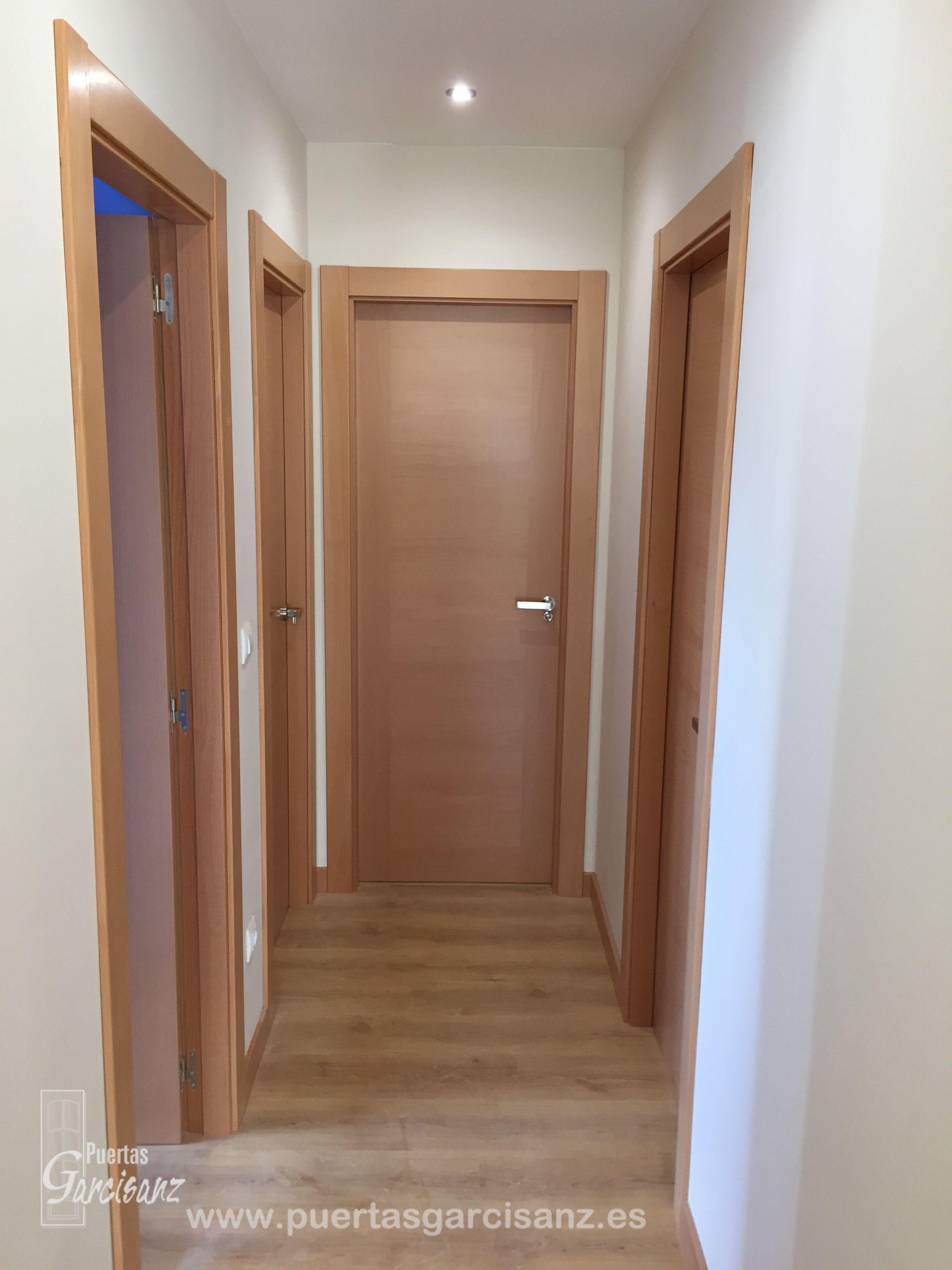 Puertas de interior en chapa de haya vaporizada mod deco for Puertas rusticas de madera interior