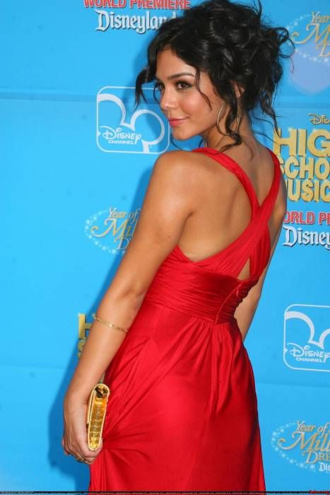 Vanessa Hudgens. Perfect curls and messy updo = Love!