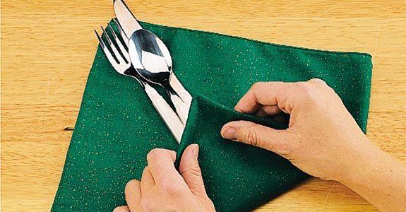 Wie man eine Serviette faltet 7 einfache Möglichkeiten