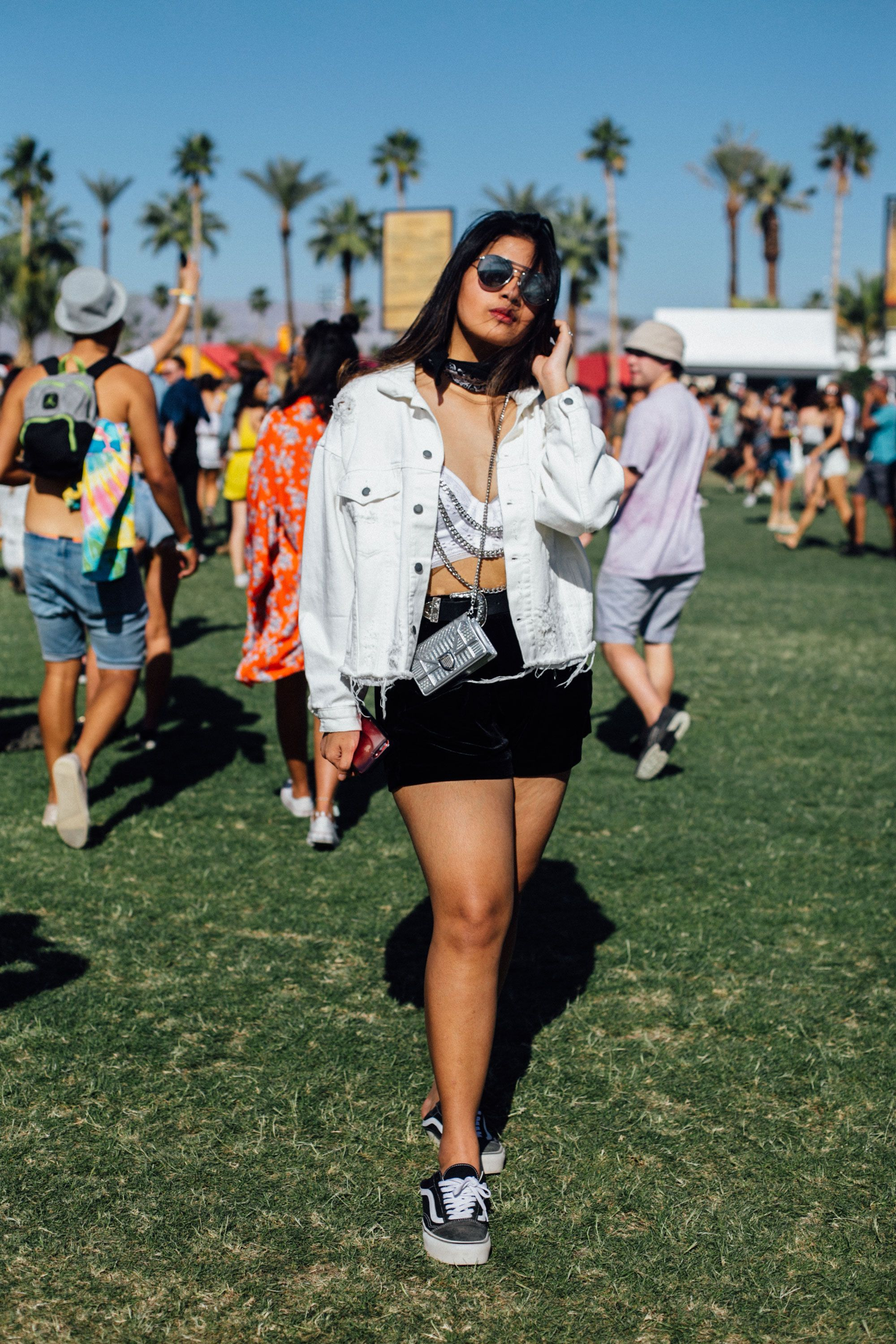 57c7fbfe5e9b3 Proof You Don t Need A Flower Crown To Do Festival Fashion+ refinery29