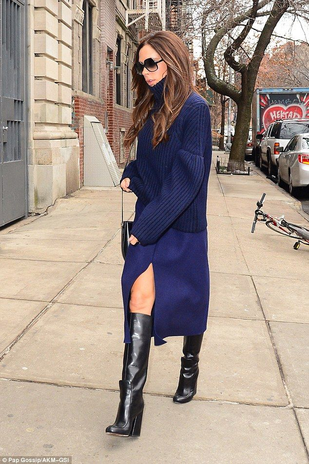 Victoria Beckham Leather Knee-High Boots free shipping latest collections discount with mastercard cheap sneakernews clearance best store to get 8abFa5kV