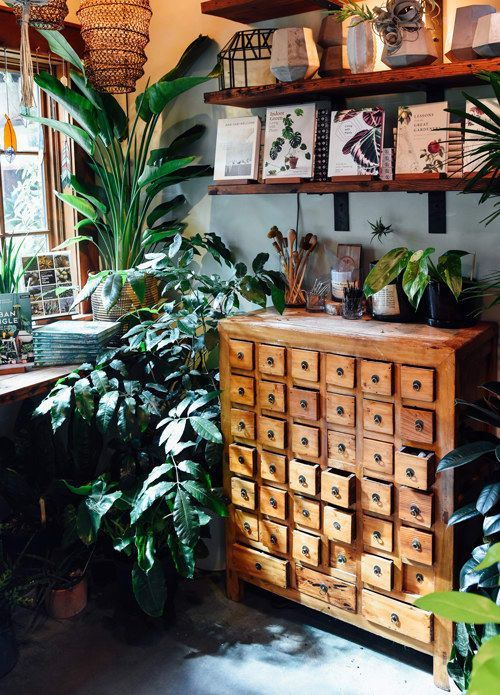 "Photo of 16 Indie Stores In Portland That Will Make You Scream, ""Take My Money!"""