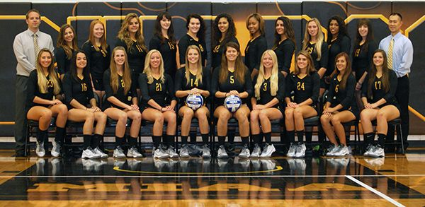 2014 Adrian College Women S Volleyball Roster Adrian Women Volleyball Volleyball Women