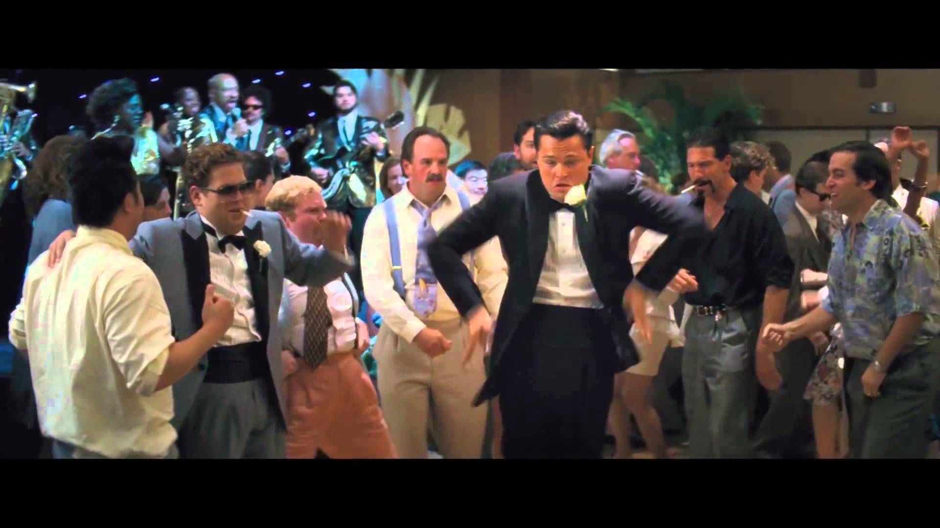 Wolf of Wall Street Dance ft. Robin Thicke imagens
