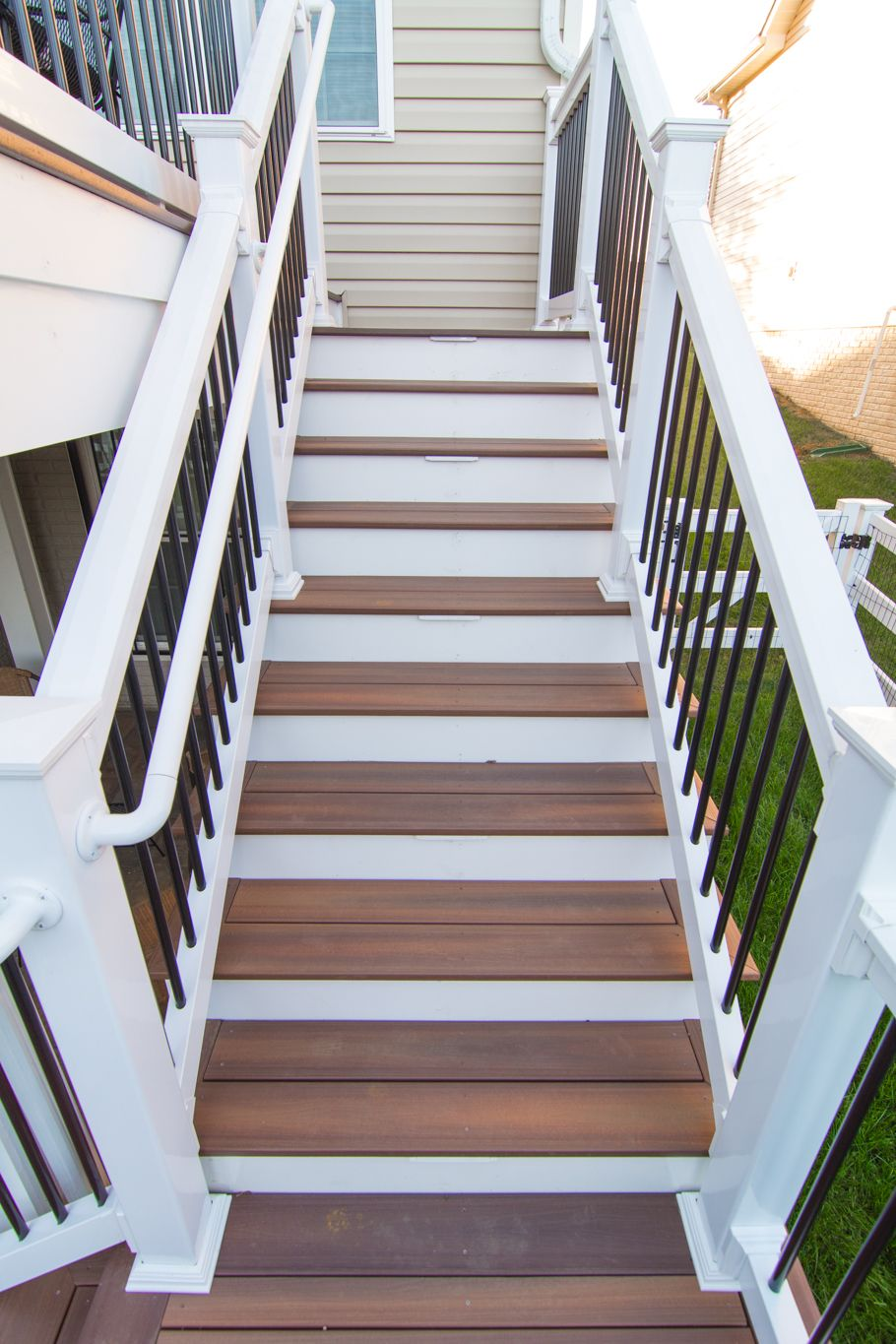 Composite Deck Steps   Bowie, MD; #Fiberon Composite Decking Steps With  White Vinyl