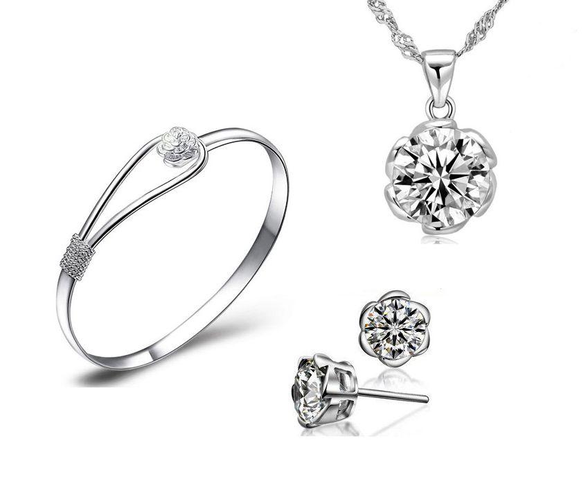 Ada Banyak Sekali Jenis Dan Model Perhiasan Dan Beberapa