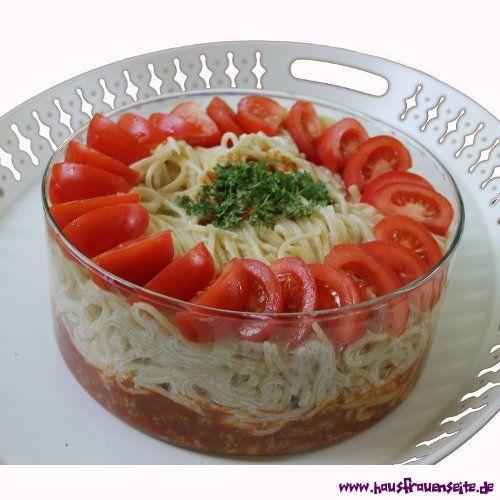 Joghurtnudeln mit Hackfleischsoße - Spaghettirezept mit Bild
