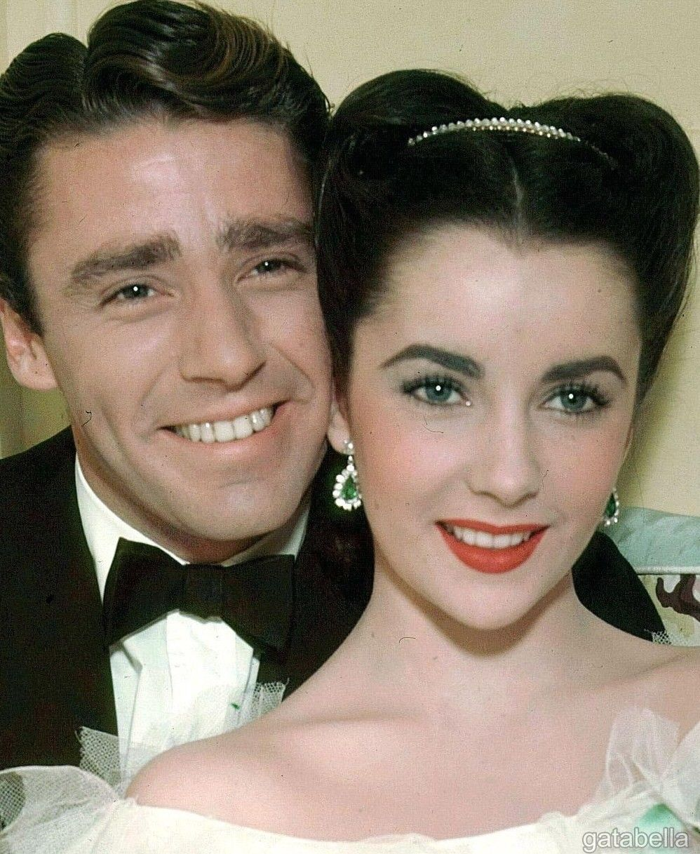 Elizabeth Taylor And Peter Lawford Julia Misbehaves 1948 With