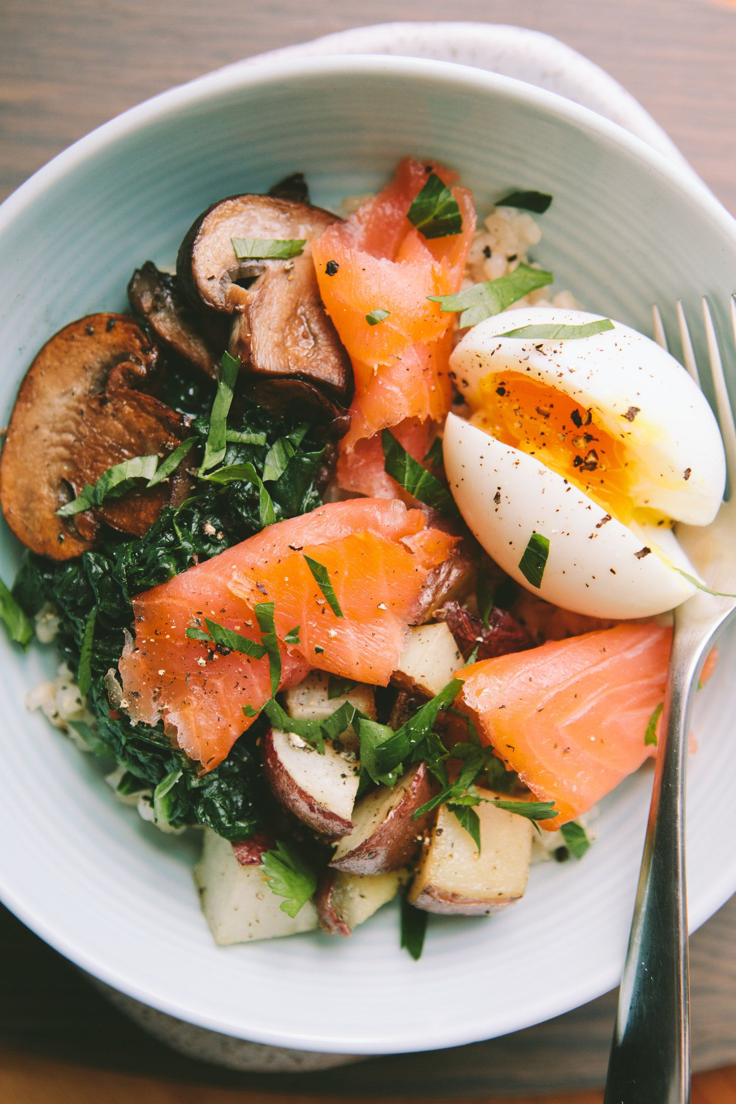 Smoked salmon breakfast bowl with a 6 minute egg smoked for Fish eggs food