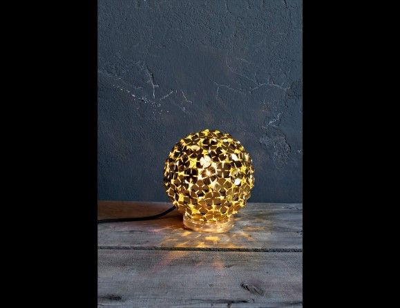 Nella Vetrina Terzani Orten Zia N18a E8 C8 Fashion Designer Italian Table Lamp In Hand Soldered Gold Petals Emanates A Battery Operated Table Lamps Table Lamp