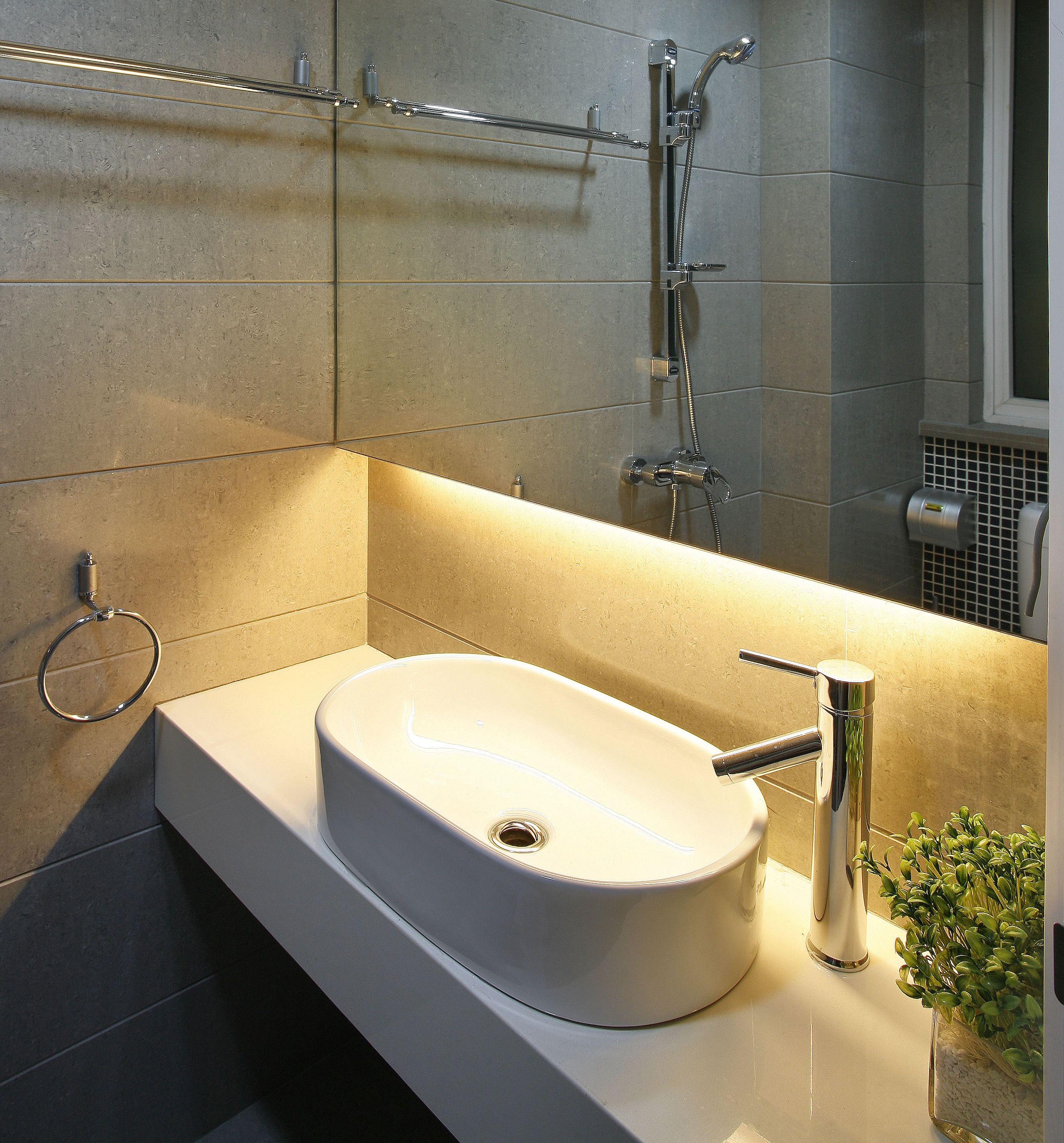 Pin By D M On Loo Led Bathroom Lights Led Tape Lighting Modern Bathroom Lighting