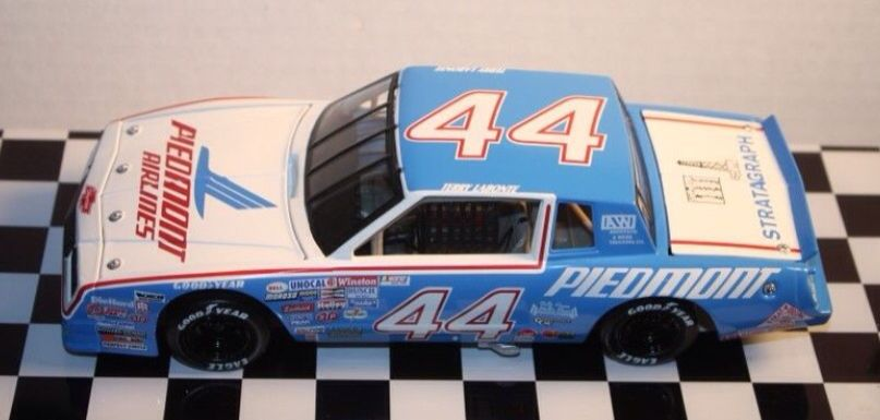 Rare And Hard To Find 44 Terry Labonte Piedmont Airlines 1 24