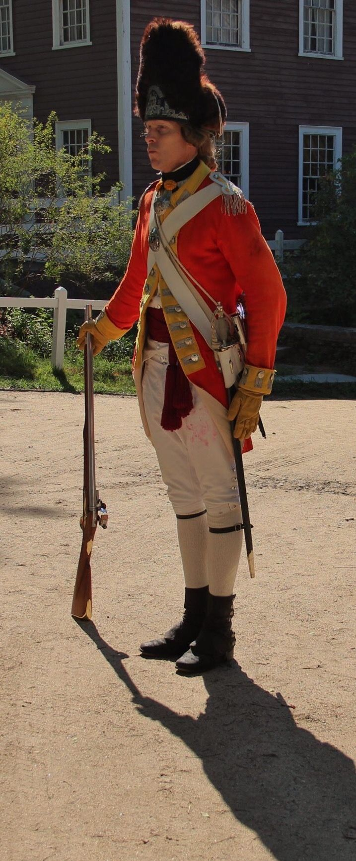 Officer, Royal Welch Fusiliers armed with a short rifle