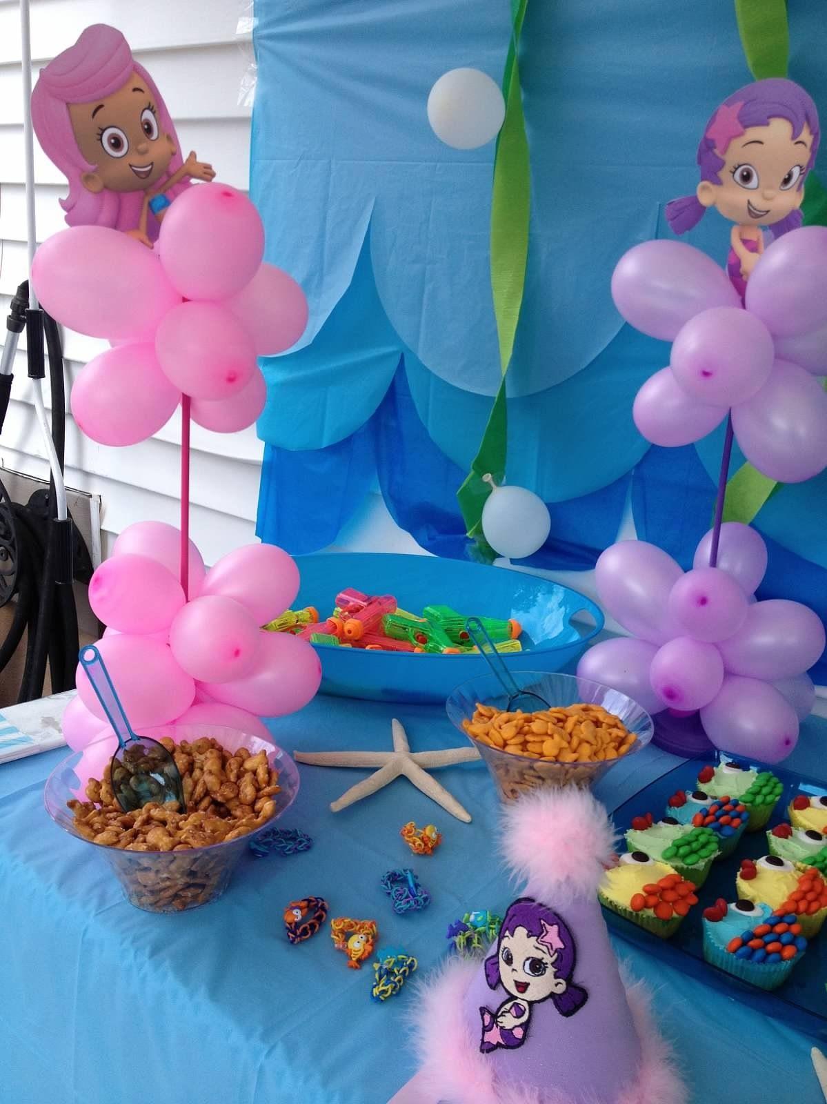 Bubble guppies finn 39 s 1st bash pinterest - Bubble guppies center pieces ...