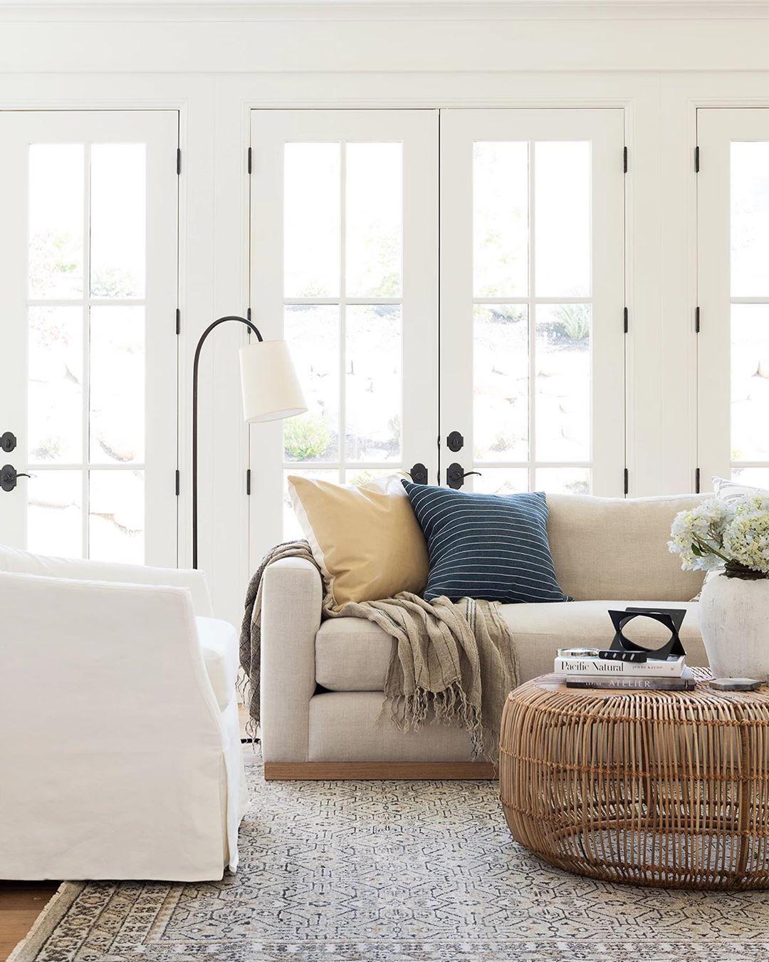 Get Home Design Ideas: This Corner Always Inspires Us To Get Cozy
