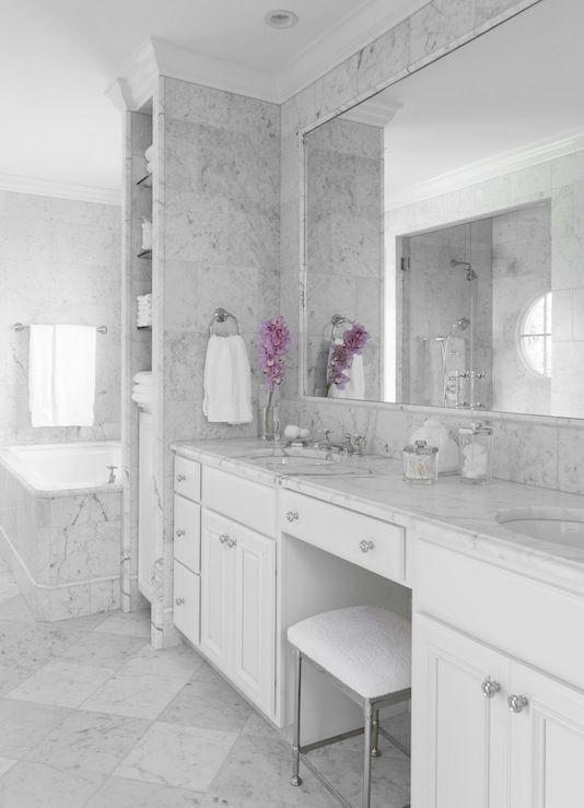 Double Bathroom Vanities Design Idea White Vanity Bathroom Bathroom Vanity Designs White Marble Bathrooms