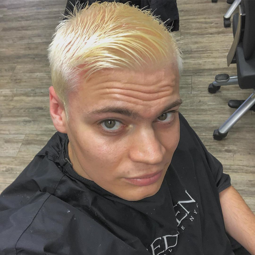 Selfie Friseur Zumsteg Zwischenergebnis Haare Frisur Farben Blondiert Amazing Nice Beautiful Look Optik Hair Hairystyle Hairstyle Hair Beautiful