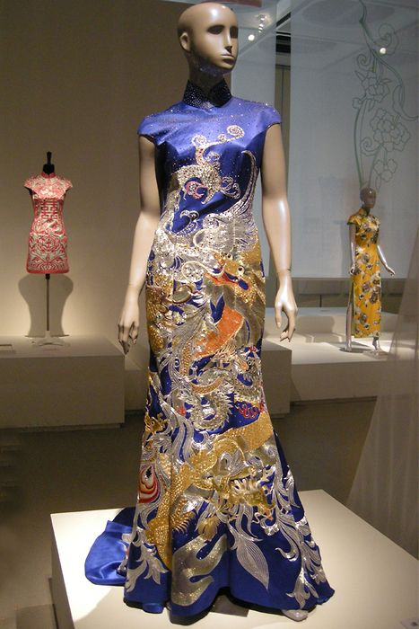 d79f34836 Guo Pei, silk cheongsam, phoenix embroiderd on blue ground ...