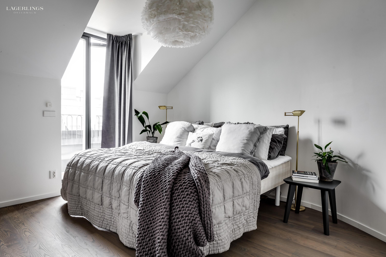 Loft bedroom windows  gerlingsvarahemnybrogatanaexklusiv