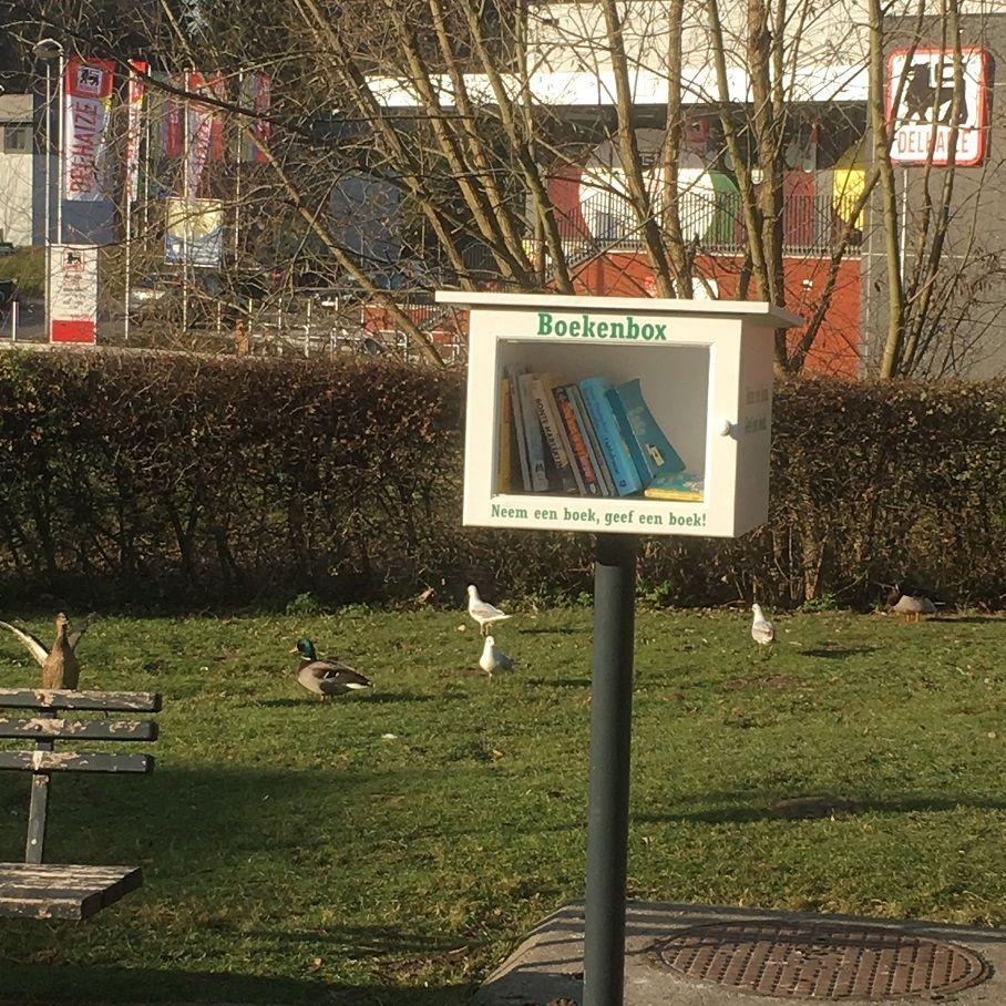 Liedekerke - Poortstraat - Boekenbox