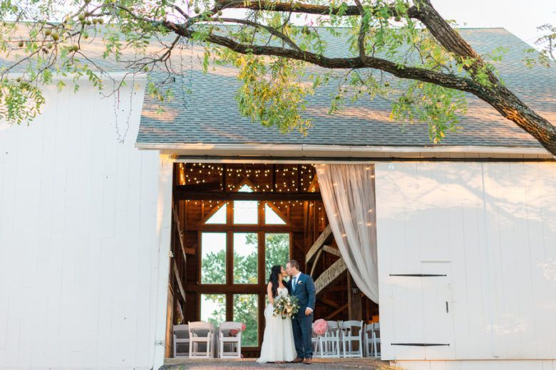 Barn Wedding At STERLINGBROOK FARMS | Rustic wedding ...