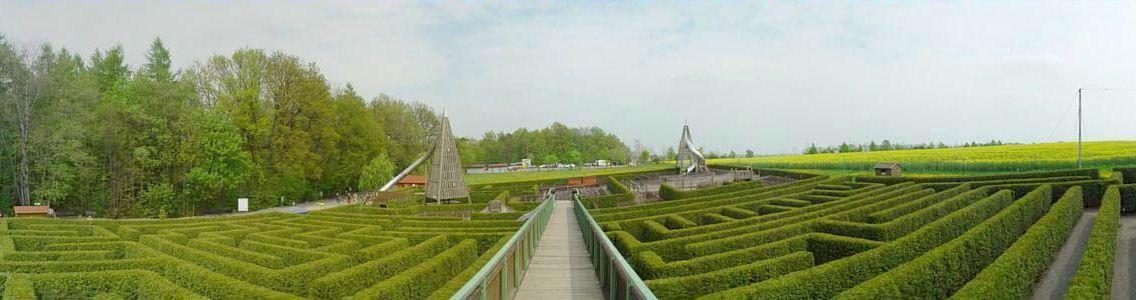 Deutschlands Grosster Irrgarten The Large German Maze At Kleinwelka Is 6000m2 Germanys Largest Places To Visit Travel Destinations Great Places