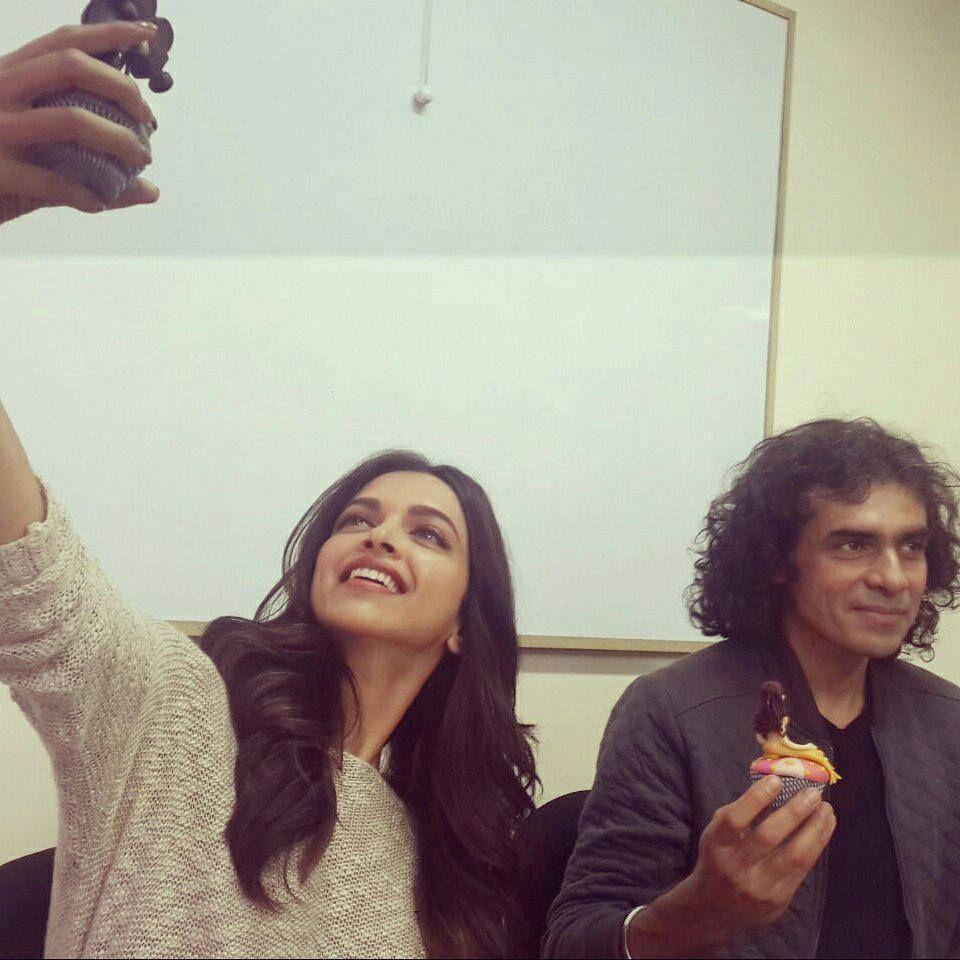 Deepika And Imtiaz Ali Interview Deepika Padukone Bollywood Celebrities Dipika Padukone
