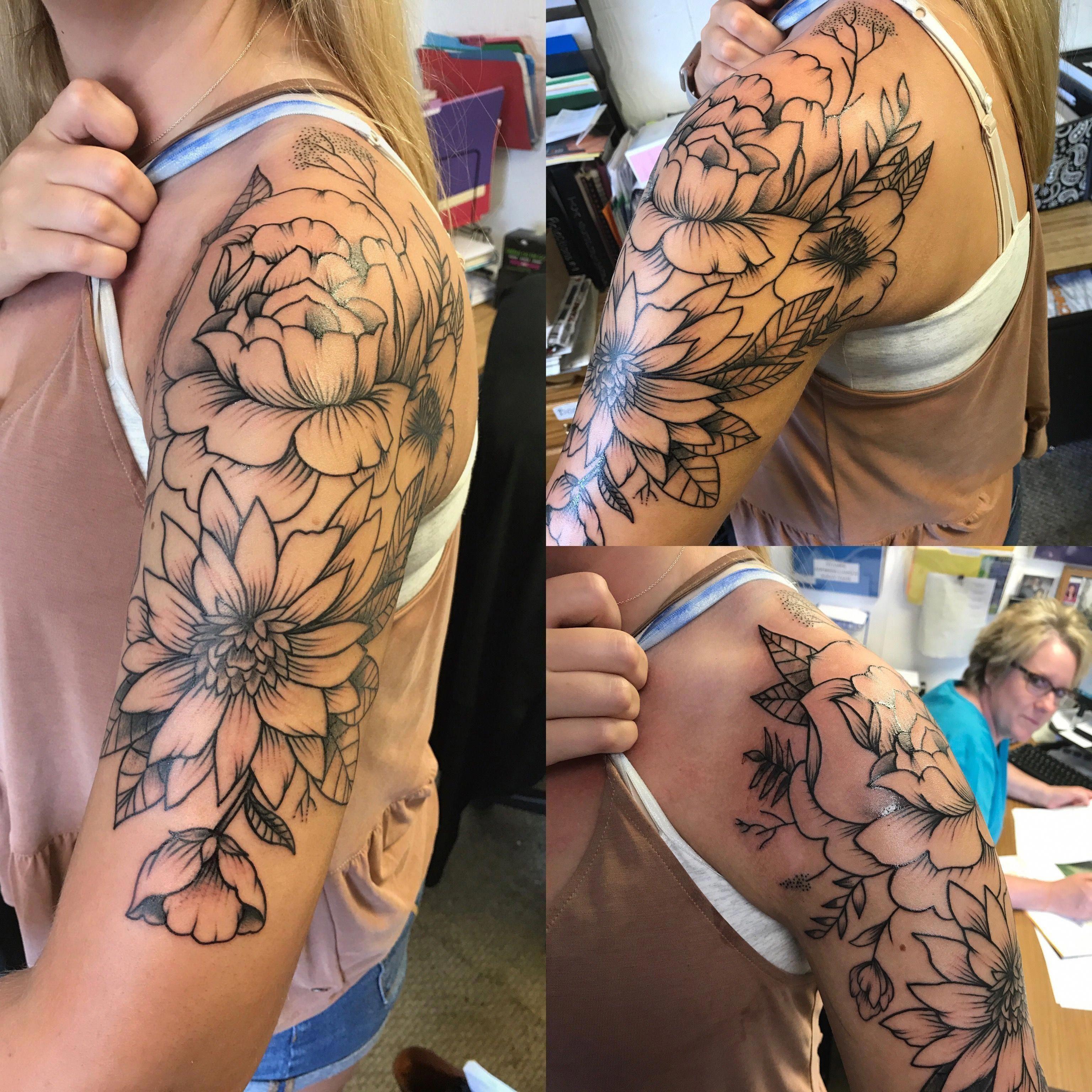 Floral Half Sleeve Tattoo Ideasfortattoosforwomen Indiainkdesigns Half Sleeve Tattoos Color Sleeve Tattoos For Women