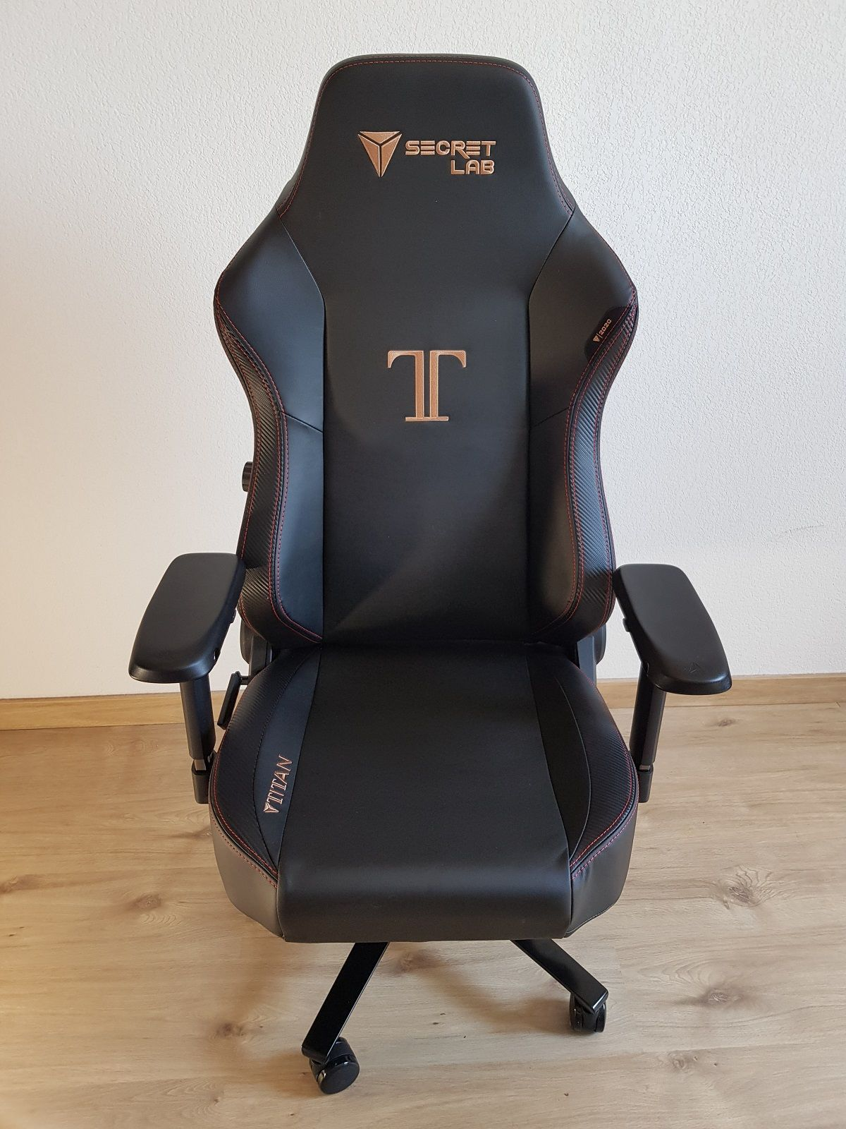 Best Gaming Chairs 2020 SecretLab Titan 2020 Series Review: The All New Favorite Gaming