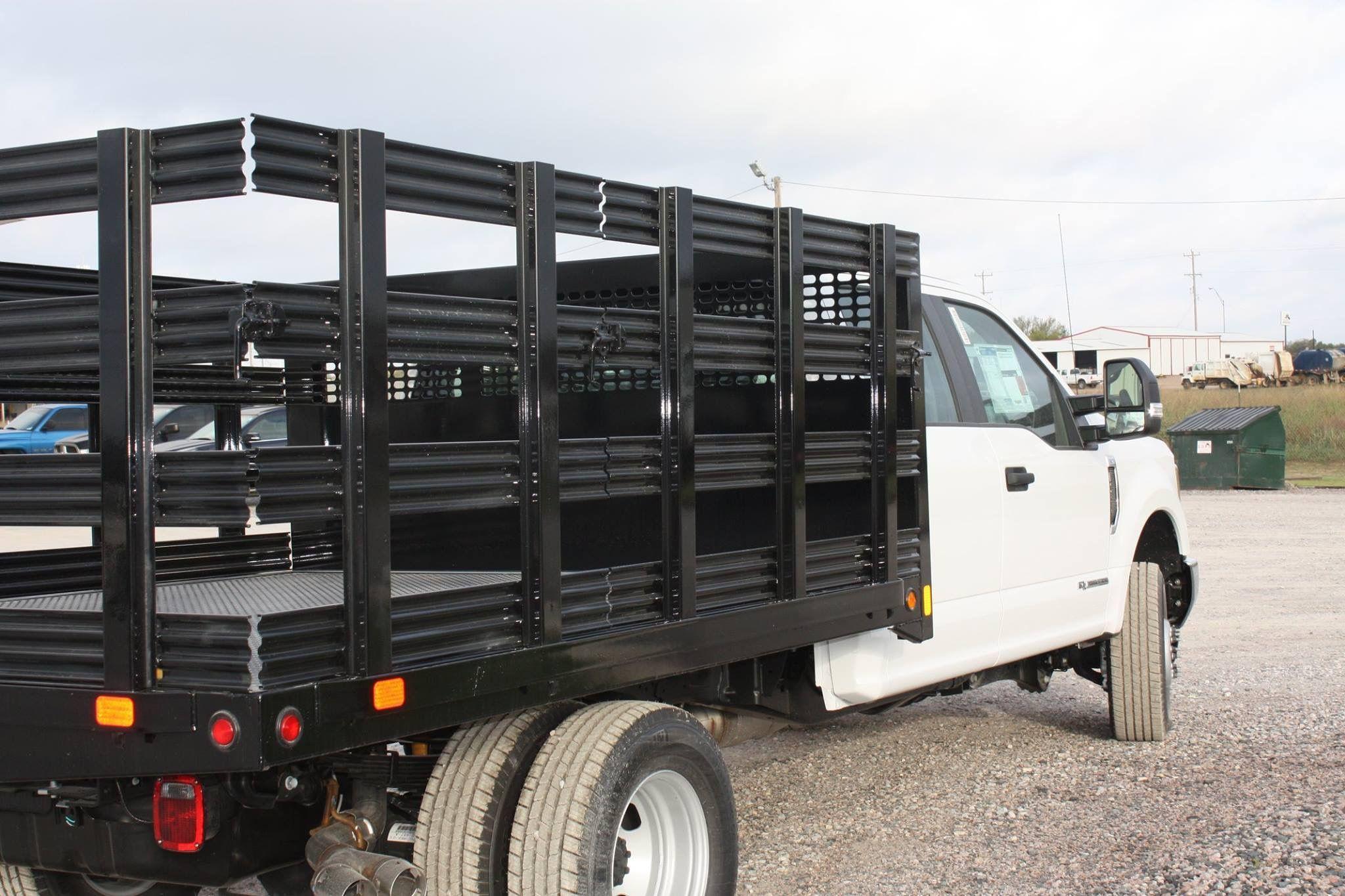 Pin de Midwest Motors en truck beds / flatbeds /service